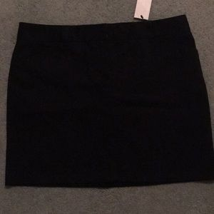 NWT Express design studio short black skirt size 8